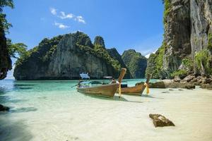 barca dalla coda lunga tailandese foto