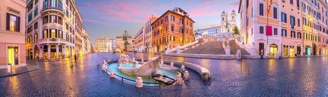 piazza de spagna spagnolo a roma italia foto