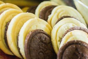 biscotti fatti in casa in bianco e nero
