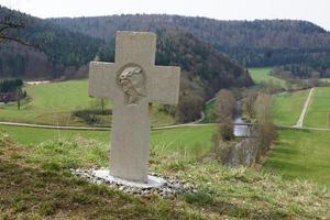 croce nella valle del Danubio
