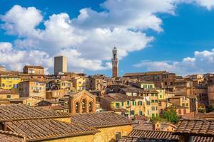 skyline del centro di siena in italia
