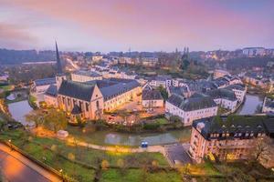 skyline della città vecchia città di lussemburgo dalla vista dall'alto