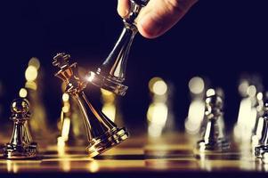 primo piano di una partita a scacchi
