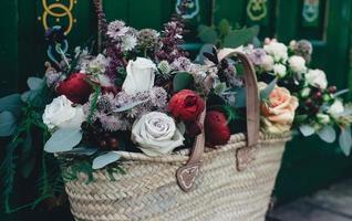 bellissimo cesto di fiori