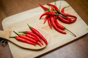 peperoncini rossi piccanti foto
