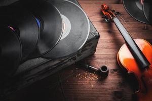 strumenti musicali e oggetti antichi foto