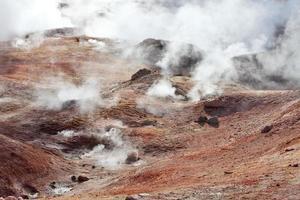 geyser sol de manana, bolivia foto