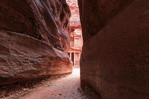 il siq che porta al trauma a Petra, in Giordania