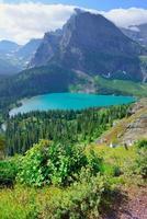 ghiacciaio grinnell e lago nel parco nazionale del ghiacciaio foto