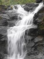 cascata durante il monsone
