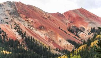 montagna rossa foto