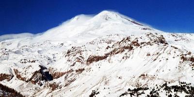 elbrus di montagna. foto