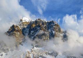 montagne himalayane. foto
