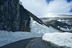 strada di alta montagna foto