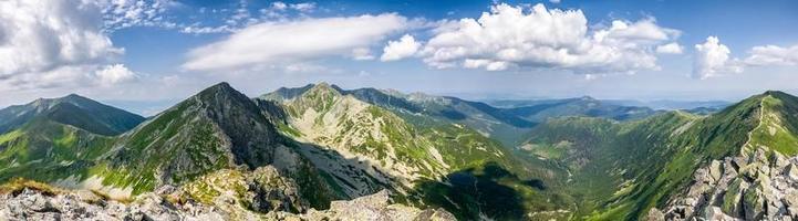 panorama dalla cima della montagna - tatra occidentali, slovacchia