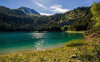 serenità nel montenegro montuoso