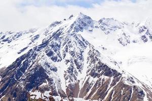 montagne del caucaso in russia foto
