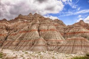 montagne di colore nei calanchi foto