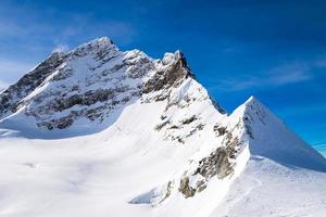 montagna di neve a Jungfraujoch, Svizzera foto