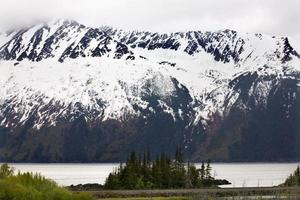 Snow Mountain Close Up Seward Highway Anchorage Alaska foto