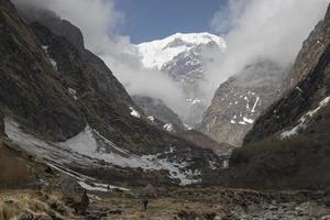 sentiero annapurna in nepal foto