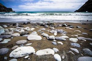 sulla spiaggia, isola di gomera, spagna foto
