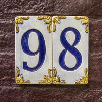 numero civico 98