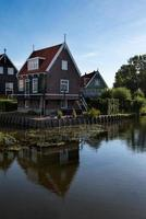tipica casa di pescatori a marken foto