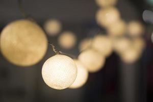 piccole lampade a sfera per la decorazione della casa foto