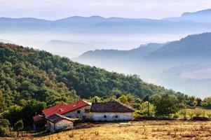 case a ozeka, nella valle dell'aiara