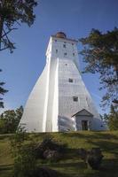 faro di kopu nell'isola di hiiumaa, estonia foto