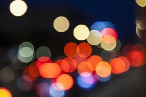 traffico notturno sfocatura sfondo bokeh, sfondo colorato