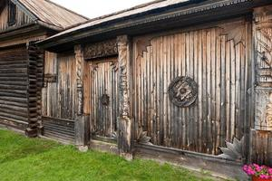 cancello del maniero contadino del xix secolo.