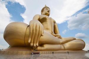 gloden buddha wat muang, ang thong thailand