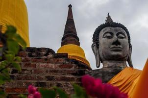 rovina dell'antico tempio di buddha in Thailandia