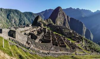 vista la mattina a machu picchu, perù