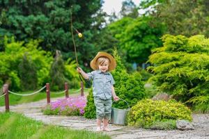 giovane pescatore foto