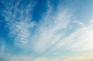 nuvola sullo sfondo del cielo foto