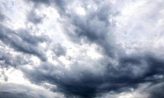 nuvola di pioggia foto