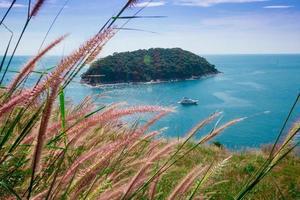 ora legale in cielo blu della spiaggia della Tailandia dell'asia, phuket