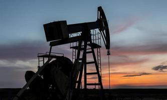funzionamento pozzo di petrolio e gas