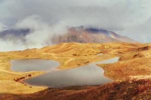 il pittoresco paesaggio di montagna. svaneti superiore, georg