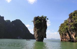 james bond island o khao tapu, phang nga, thailandia foto