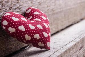 cuore su legno