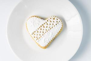 biscotto di pan di zenzero a forma di cuore. regalo per San Valentino