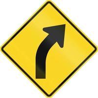 curva a destra avanti in Canada