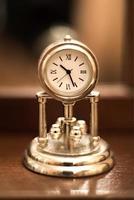 orologio classico foto