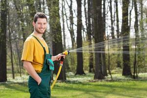 giardiniere irrigazione giardino