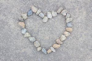 cuore fatto di pietre