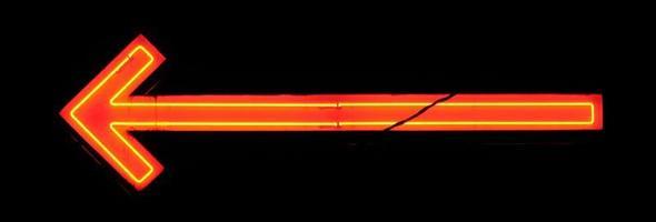 freccia arancione e gialla al neon foto